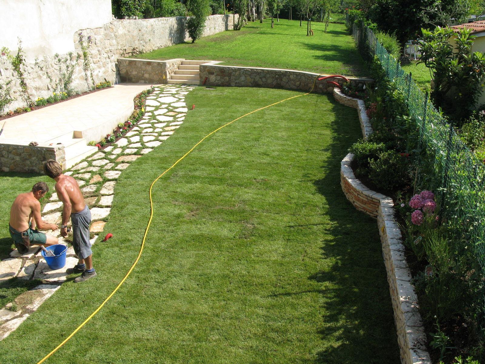Manutenzioni ed opere varie - Acquisto terra per giardino ...